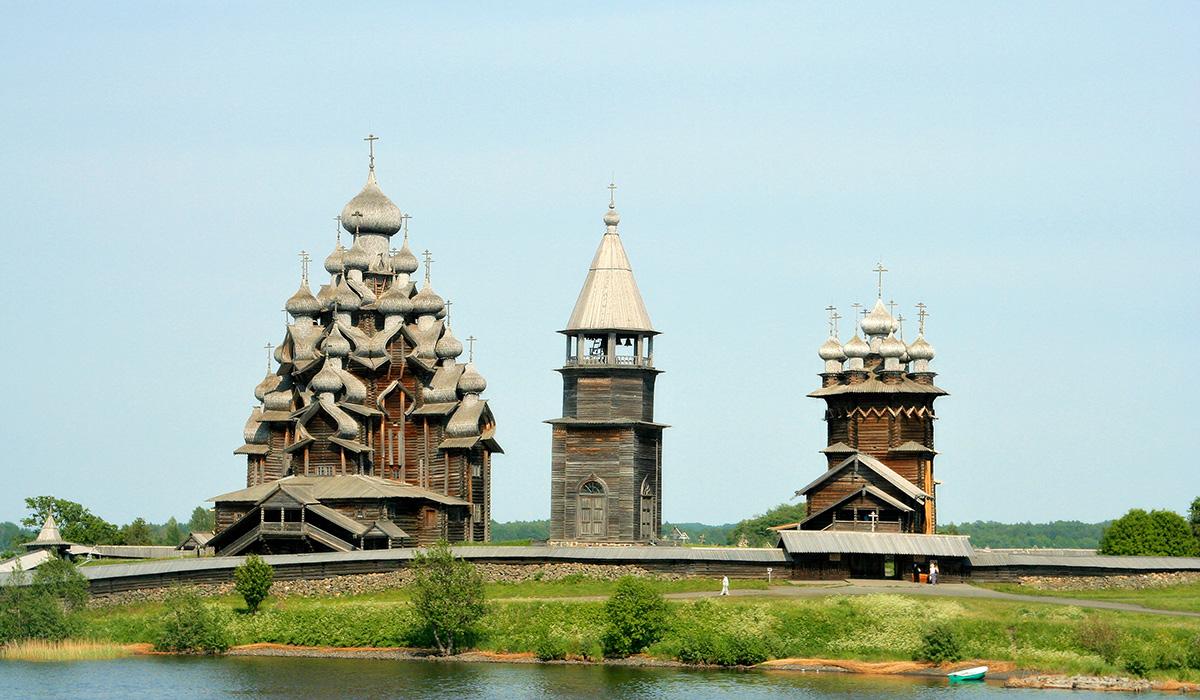 Kizhi River Cruises
